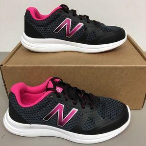 New Balance Women's Sneaker Size 8.5